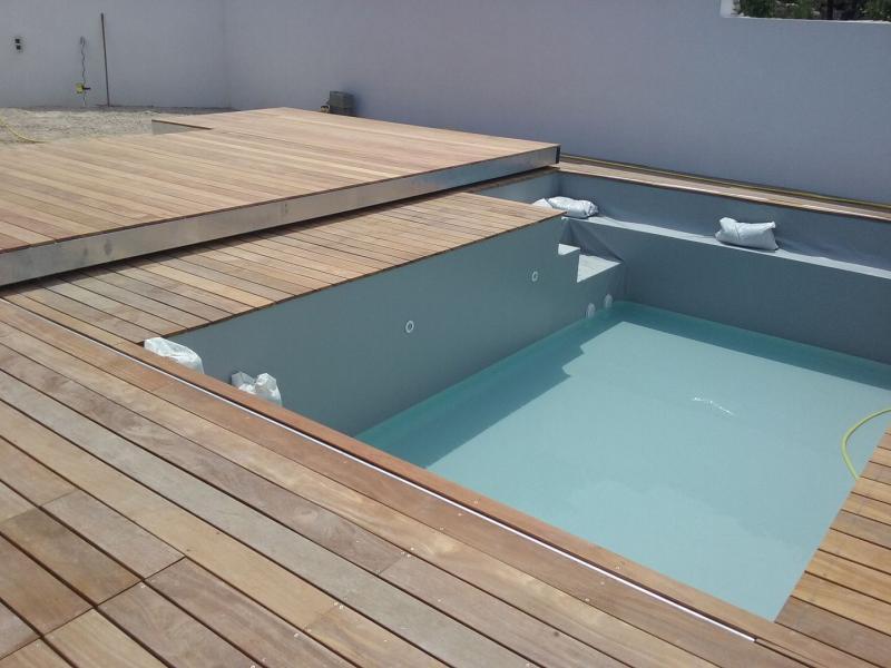 Vaucluse Le Thor piscine vente installation bois kit terrasse bois 84